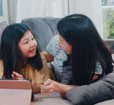 Agar Menjadi Pribadi Sopan, Ajarkan 6 Teladan Ini ke Anak Sejak Dini!